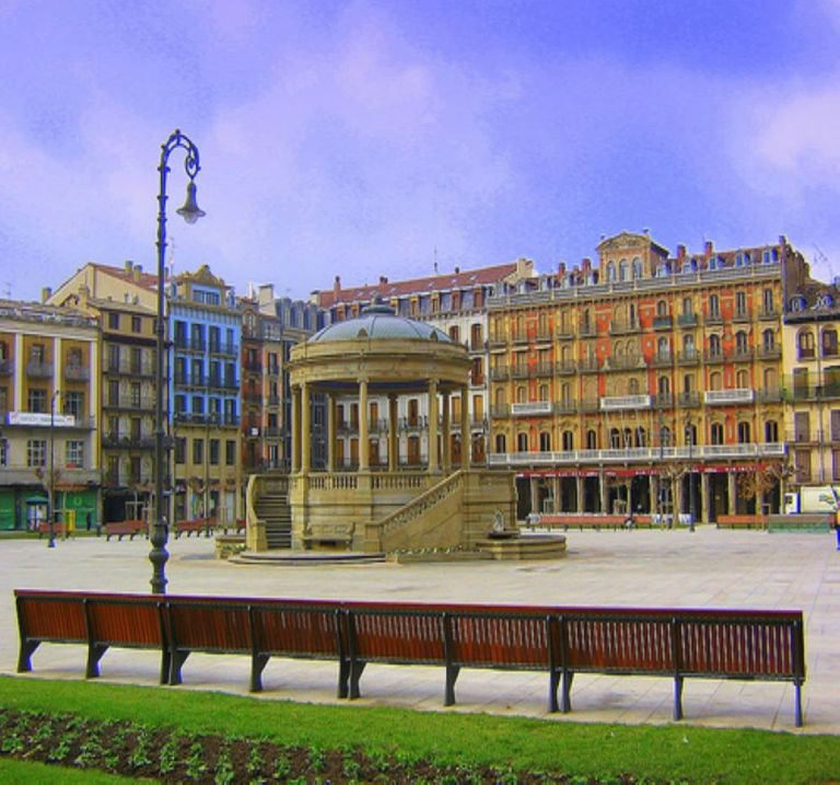plaza_del_castillo_pamplona